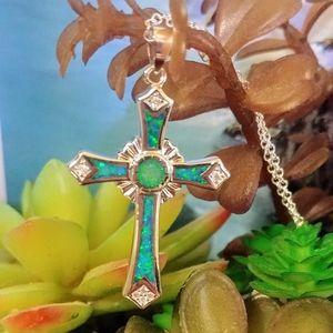 🆕🏝️ Green Fire Opal Cross